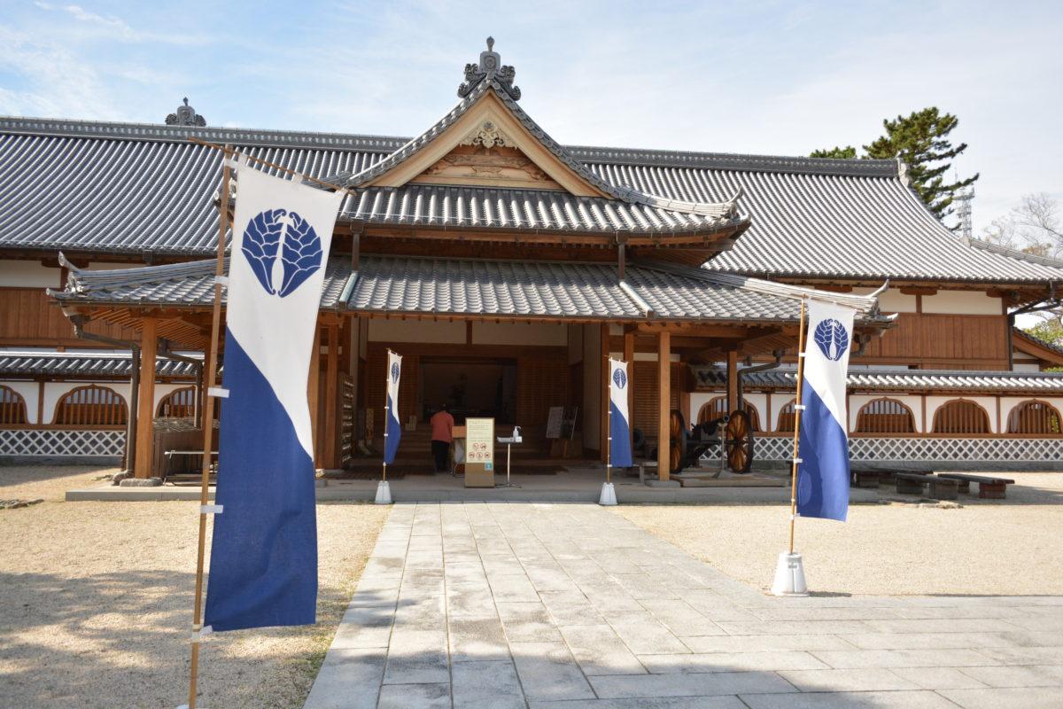鍋島氏ゆかりの城、佐賀城とは?